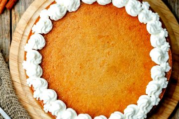 It's delicious recipe for Keto Pumpkin Cheesecake Pie it's low in carbs and keto-friendly.