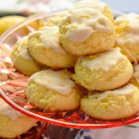 Keto lemon cookies
