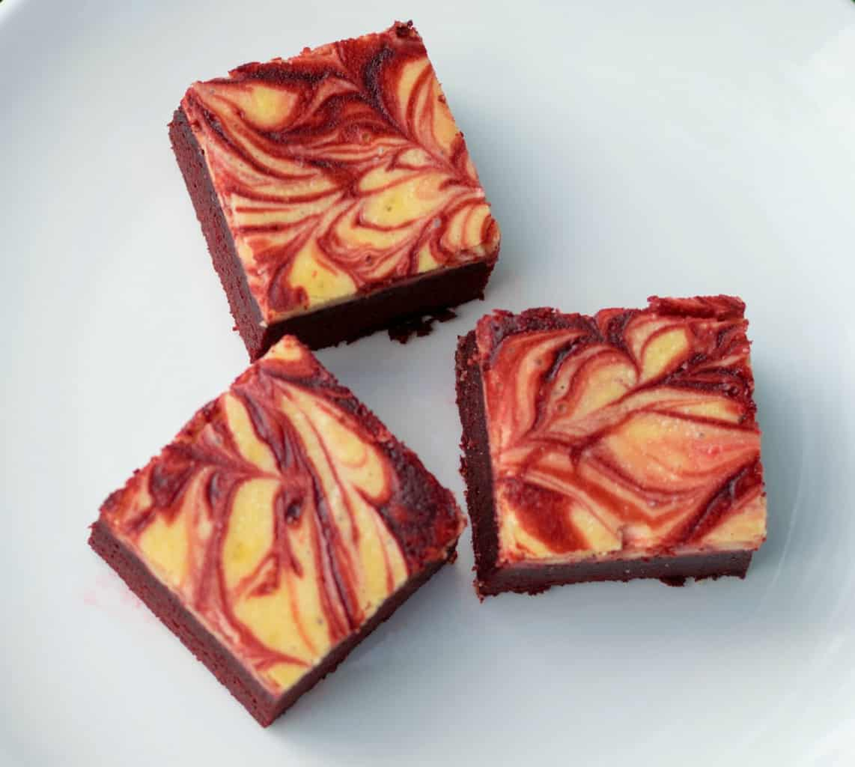 low carb red velvet cheesecake brownies