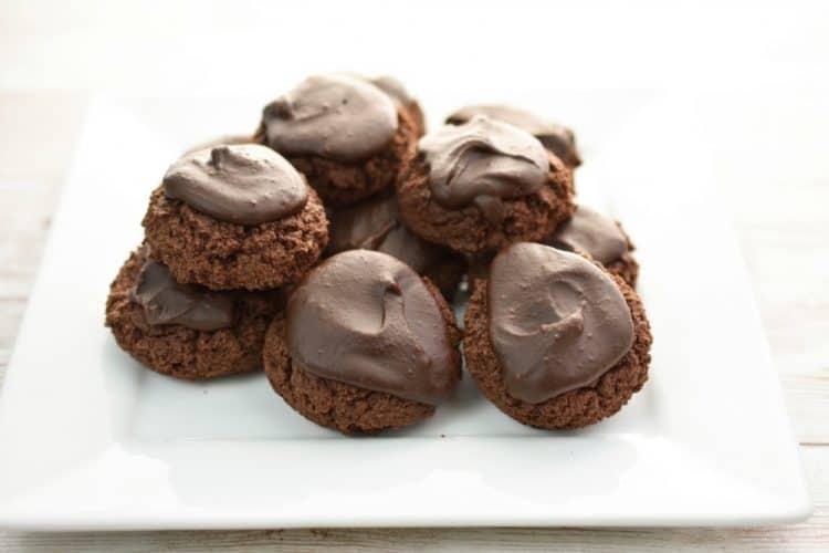 Keto Chocolate cream cheese cookies