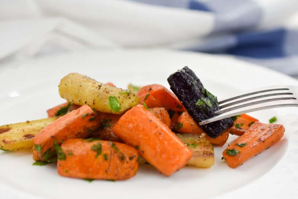 Keto roasted glazed carrots served