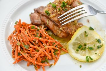 This Keto Citrus Chicken Carrot Salad is a flavoful Moroccan dish that is a low in carbs and keto-friendly. It's a delighful meal!