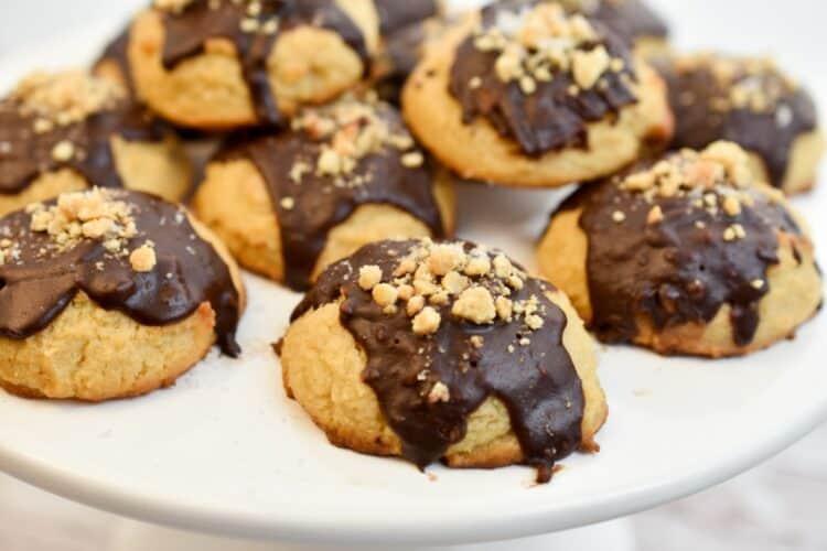 keto peanut butter chocolate glazed cookies
