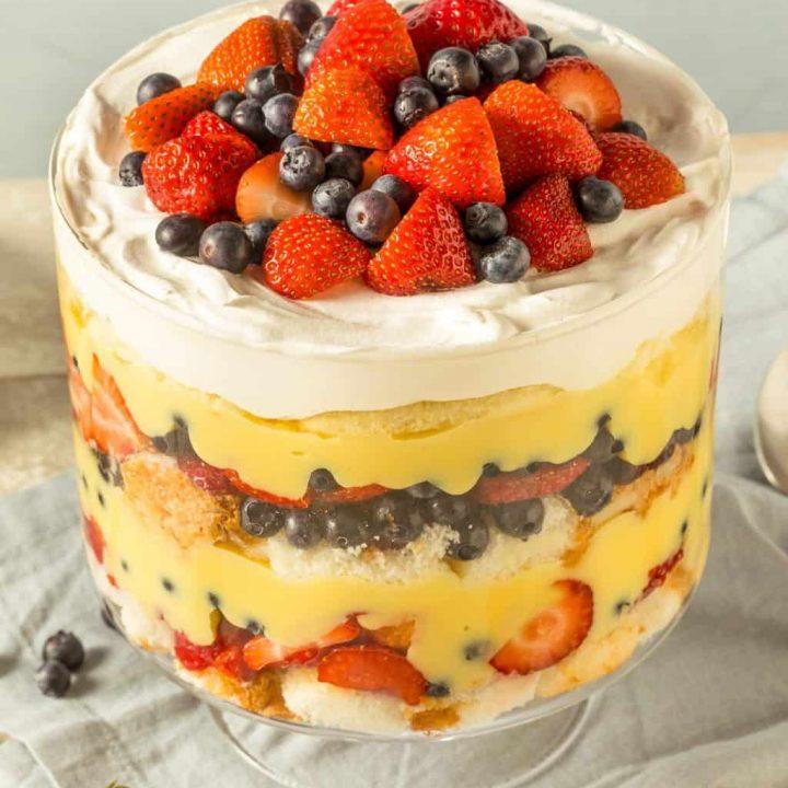keto trifle berry dessert