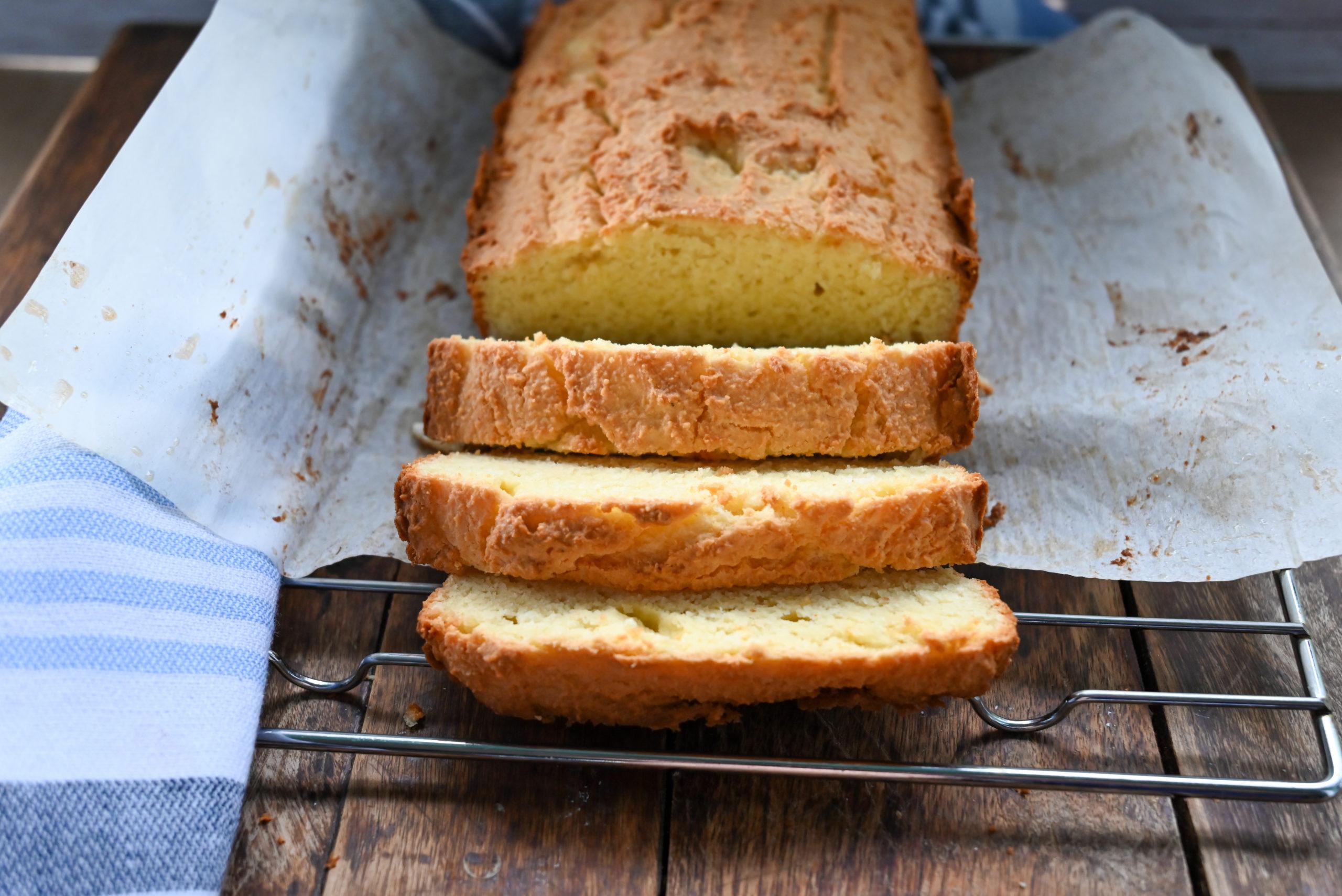 keto sour cream bread close up