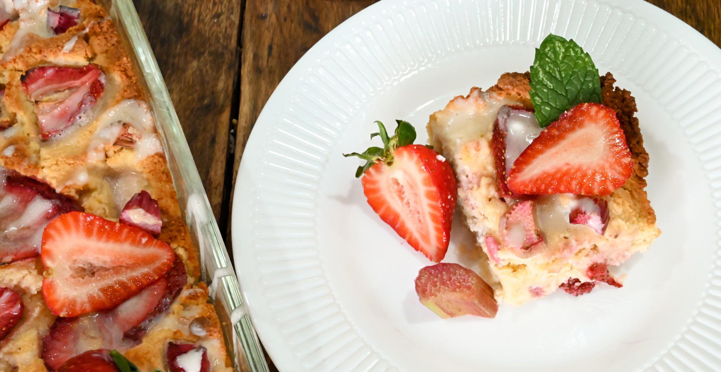 keto strawberry rhubarb cake served on a small white plate